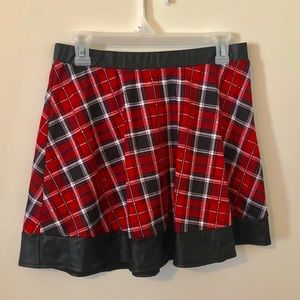Joe Benbasset Red Plaid Skirt Size Large Brand New